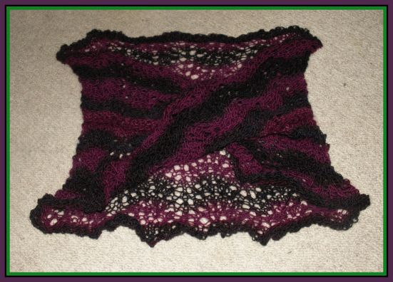 Möbiusschal Lavendelhexe